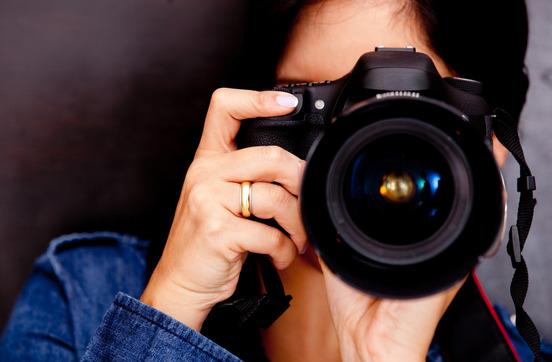 Weibliche Fotografin